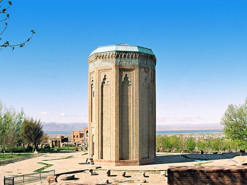Baku-Nakhchivan tour